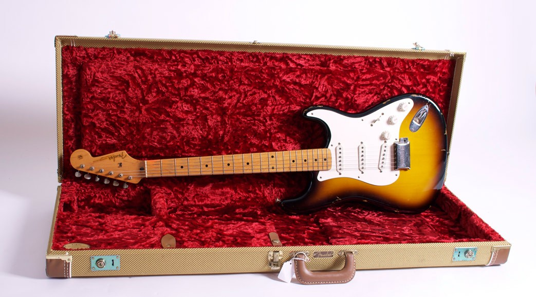 FENDER STRATOCASTER CUSTOMS SHOP 56 RELIC